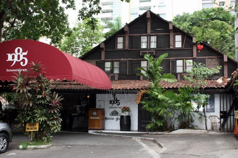 Restaurante El Chalet Suizo - La fachada