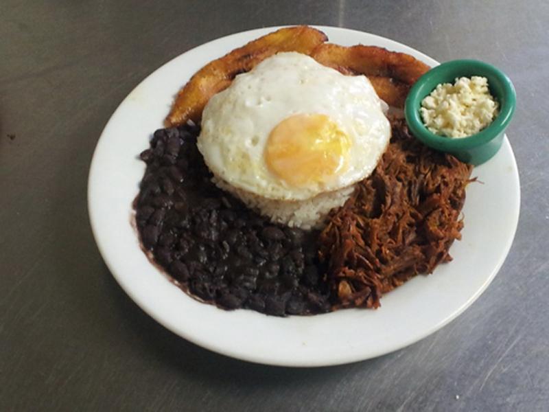 Restaurante Cabanga - Empanada